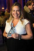 Musical Awards 2013 in de TheaterHangaar in Katwijk.<br /> <br /> Op de foto:  Award voor beste Vrouwelijke Hoofdrol Klein  - Maaike Martens (HEMA de Musical)