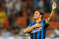 """Esultanza di Zanetti a fine partita<br /> Milan Inter<br /> Milano 29/8/2009 Stadio """"Giuseppe Meazza""""<br /> Campionato Italiano Serie A 2009/2010<br /> Foto Insidefoto"""