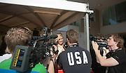 Hanna Verboom staat bij de premiere van de film Bennie Stout, waarin zij een hoofdrol vertolkt, de pers te woord. In Utrecht is de film Bennie Stout in premiere gegaan tijdens het Nederlands Film Festival.<br /> <br /> Hanna Verboom is being interviewed by the press at the premiere of the movie Bennie Stout at the Nederlands Film Festival.