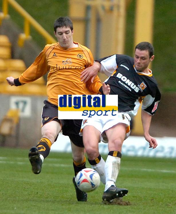 Photo: Ed Godden/Sportsbeat Images.<br />Wolverhampton Wanderers v Hull City. Coca Cola Championship. 09/04/2007. Wolves' Stephen Ward (L), makes a tackle on Damien Delaney.