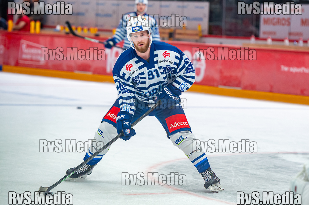 LAUSANNE, SWITZERLAND - OCTOBER 01: Marc Aeschlimann #81 of ZSC Lions warms up prior the Swiss National League game between Lausanne HC and ZSC Lions at Vaudoise Arena on October 1, 2021 in Lausanne, Switzerland. (Photo by Monika Majer/RvS.Media)