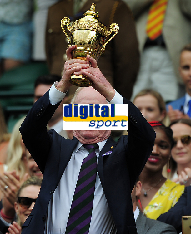 Tennis - 2019 Wimbledon Championships - Week One, Saturday (Day Six)<br /> <br /> Mens Singles, 3rd Round <br /> Sports Men and Women in the Royal Box on Centre Court<br /> <br /> Rod Laver (AUS) receives a replica of the Mens Singles trophy in the Royal box<br /> It is 50 years on since Rod Laver won the calendar Grand Slam<br /> <br /> COLORSPORT/ANDREW COWIE