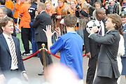 Koninginnedag 2010 . De Koninklijke familie in het zeeuwse  Middelburg. / Queensday 2010. De Royal Family in Middelburg.<br /> <br /> op de foto / on the photo Prins Pieter-Christiaan en Prins Bernhard