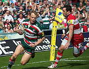 Aviva Premiership Rugby.<br /> Scott Hamilton of Leicester Tigers runs in for Tigers first try during the Leicester Tigers and Gloucester Rugby playing in Aviva Premiership Rugby in round 20 at Welford Road, Leicester, England on 16 April 2011. Photo Michael Paler/ Photosport.co.nz