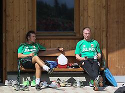 14.07.2013, Walchsee, AUT, FC Augsburg, Trainingslager, im Bild nach dem anstrengenden Fussball-Tennis-Turnier, Markus WEINZIERL (Trainer FC Augsburg, li.) und Stefan REUTER (Geschvßftsfv∫hrer Sport FC Augsburg) // during a trainings session of German 1st Bundesliga club FC Augsburg at their training camp in Walchsee, Austria on 2013/07/14. EXPA Pictures © 2013, PhotoCredit: EXPA/ Eibner/ Klaus Rainer Krieger<br /> <br /> ***** ATTENTION - OUT OF GER *****