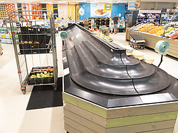 March 17, 2020: Melbourne, Australia: Empty fruit and vegetable shelves in an Australian supermarket after panic buying due to the COVID-19 Coronavirus. (Credit Image: © Chris Putnam/ZUMA Wire)