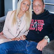 NLD/Loosdrecht/20130221 - Perspresentatie RTL programma Huisje Boompje Barbie, Samantha de Jong en partner Michael van der Plas