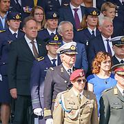 NLD/Den Haag/20180831 - Koninklijke Willems orde voor vlieger Roy de Ruiter, Rob Bertholee en Peter van Uhm
