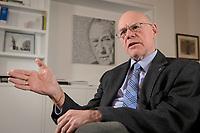 17 DEC 2019, BERLIN/GERMANY:<br /> Norbert Lammert, CDU, Vorsitzender der Konrad-Adenauer-Stiftung, KAS, waehrend einem Interview, in seinem Buero, Konrad-Adenauer-Stiftung<br /> IMAGE: 20191217-02-024<br /> KEYWORDS: Büro