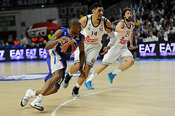 15.04.2015, Palacio de los Deportes stadium, Madrid, ESP, Euroleague Basketball, Real Madrid vs Anadolu Efes Istanbul, Playoffs, im Bild Real Madrid´s Gustavo Ayon and Sergio Llull and Anadolu Efes´s Dontaye Draper // during the Turkish Airlines Euroleague Basketball 1st final match between Real Madrid vand Anadolu Efes Istanbul t the Palacio de los Deportes stadium in Madrid, Spain on 2015/04/15. EXPA Pictures © 2015, PhotoCredit: EXPA/ Alterphotos/ Luis Fernandez<br /> <br /> *****ATTENTION - OUT of ESP, SUI*****