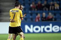 Fotball<br /> Tippeligaen Eliteserien<br /> 12.08.07<br /> Ullevaal Stadion<br /> FC Lyn Oslo - Lillestrøm LSK<br /> Khaled Mouelhi jubler etter å ha skutt fra 40 meter som endte i 4-0 scoring - Blir gratulert av espen Søgård (7)<br /> Foto - Kasper Wikestad
