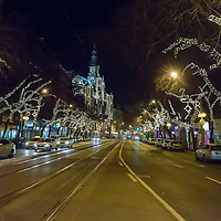 Christmas lights decorate the high street in central Budapest, Hungary on December 11, 2014. ATTILA VOLGYI