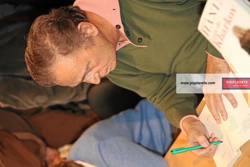 Roger Hanin - Salon du livre 2007 - Paris, le 24/02/2007 - JSB / PixPlanete