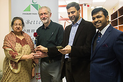 "Finsbury Park Mosque, London, February 7th 2016. Local MP and Labour Leader Jeremy Corbyn visits Finsbury Park Mosque as part of a Visit My Mosque initiative by the Muslim Council of Britain to show non-Muslims ""how Muslims connect to God, connect to communities and to neighbours around them"".<br />  ///FOR LICENCING CONTACT: paul@pauldaveycreative.co.uk TEL:+44 (0) 7966 016 296 or +44 (0) 20 8969 6875. ©2015 Paul R Davey. All rights reserved."