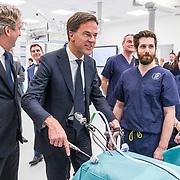 NLD/Amsterdam/20190206- Bezoek Mark Rutte aan het Skills Centre (AMC),
