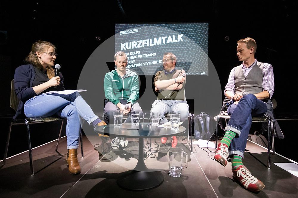 SCHWEIZ - BASEL - 'Kurzfilmtalk' mit L-R Vivienne Kuster, Moderation, Dirk Koy, Matthias Wittmann und Timm Delfs am Festival science+fiction: Zeit - 04. Mai 2019 © s+f/Raphael Hünerfauth - http://huenerfauth.ch