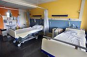 Nederland, Nijmegen, 16-7-2015Lege bedden in een lege ziekenhuiskamer.Foto: Flip Franssen/Hollandse Hoogte