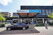 Nederland, Nijmegen, 27-5-2020 Gebouw en ingang, hoofdingang radboudumc . Foto: Flip Franssen