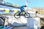 Nederland, Nijmegen, 27-9-2015De Nijmeegse Benedenstad is zondagmiddag het toneel van tientallen mountainbikers die deelnemen aan de city downhill race van mountainbikeclub Licht verzet. FOTO: FLIP FRANSSEN/ HOLLANDSE HOOGTE