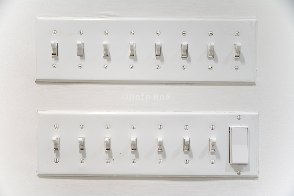 two rows with many light switches