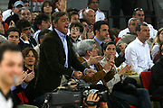 DESCRIZIONE : Roma Lega A1 2006-07 Lottomatica Virtus Roma Climamio Fortitudo Bologna <br /> GIOCATORE : Toti <br /> SQUADRA : Lottomatica Virtus Roma <br /> EVENTO : Campionato Lega A1 2006-2007 <br /> GARA : Lottomatica Virtus Roma Climamio Fortitudo Bologna <br /> DATA : 15/04/2007 <br /> CATEGORIA : Esultanza <br /> SPORT : Pallacanestro <br /> AUTORE : Agenzia Ciamillo-Castoria/G.Ciamillo