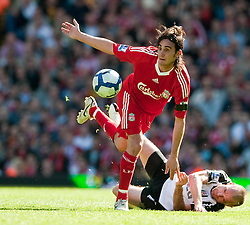 11.04.2010, Anfield, Liverpool, ENG, Premier League, FC Liverpool vs FC Fulham, im Bild Liverpool's Alberto Aquilani and Fulham's captain Danny Murphy. EXPA Pictures © 2010, PhotoCredit: EXPA/ Propaganda/ D. Rawcliffe / SPORTIDA PHOTO AGENCY