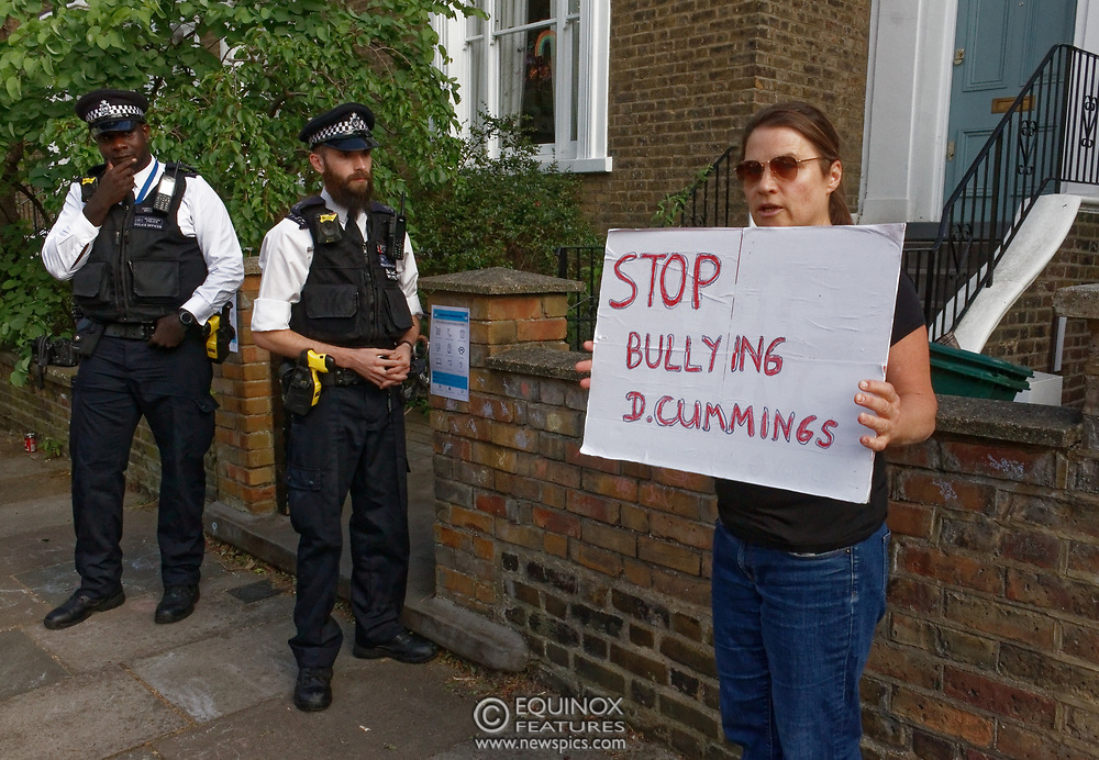London, United Kingdom - 26 May 2020<br /> The scene at Dominic Cummings home in North London today where the police monitored the street and two or three supporters turned up to support of him as he arrived home. Islington, London, England, UK.<br /> **VIDEO AVAILABLE**<br /> (photo by: EQUINOXFEATURES.COM)<br /> Picture Data:<br /> Photographer: Equinox Features<br /> Copyright: ©2020 Equinox Licensing Ltd. +443700 780000<br /> Contact: Equinox Features<br /> Date Taken: 20200526<br /> Time Taken: 17541900<br /> www.newspics.com