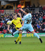 Photo: Richard Lane/Richard Lane Photography. Watford v Derby County. Coca Cola Championship. 12/12/2009. <br /> Lee Hodson of Watford is challenged by Derbys Lee Hendrie