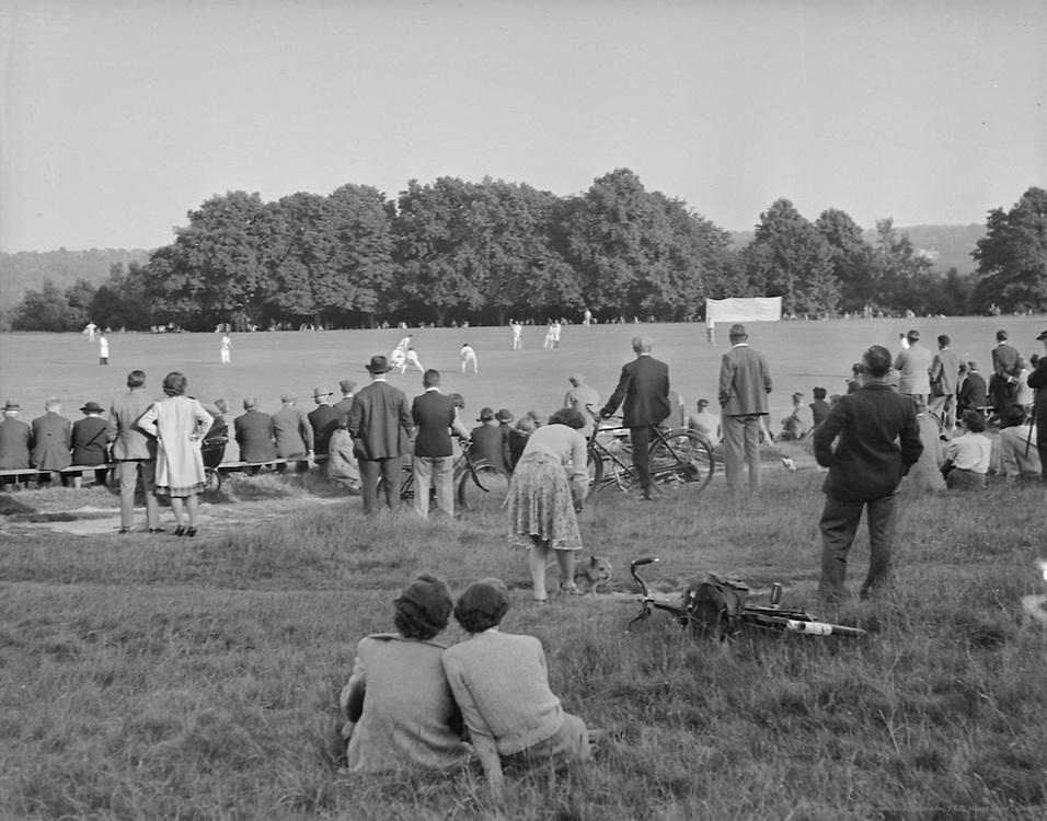 The Pantiles, Tunbridge Wells, Kent, England, c.1935