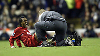 Fotball<br /> Premier League 2004/05<br /> Liverpool v Arsenal<br /> 28. november 2004<br /> Foto: Digitalsport<br /> NORWAY ONLY<br /> Liverpool's Sinama Pongolle picks up an injury