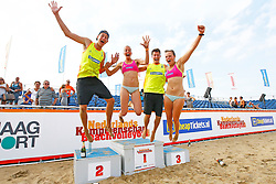 20150830 NED: NK Beachvolleybal 2015, Scheveningen<br />Nederlands Kampioen Beachvolleybal 2015, Steven v.d. Velde en Dirk Boehle, Danielle Remmers en Michelle Stiekema