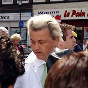 NLD/Hilversum/20050525 - Geert Wilders op campagne bezoek aan Hilversum.politicus