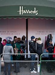 © under license to London News Pictures. 27/12/10. Shoppers queue en mass outside Harrods for the shop's 2010 Winter Sale. Credit should read Matt Cetti-Roberts/LNP