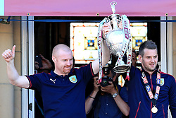 Burnley Manager Sean Dyche lifts the SkyBet Championship trophy with his Captain and Goalkeeper Tom Heaton - Mandatory by-line: Matt McNulty/JMP - 09/05/2016 - FOOTBALL - Burnley Town Hall - Burnley, England - Burnley FC Championship Trophy Presentation