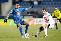 FOOTBALL - FRENCH CUP 2009/2010 - RC STRASBOURG v OLYMPIQUE LYONNAIS - 09/01/2010 - PHOTO GUILLAUME RAMON / DPPI -  <br /> LACADA RAMOS RODRIGO (RCS) AND KIM KALLSTROM (LYON)