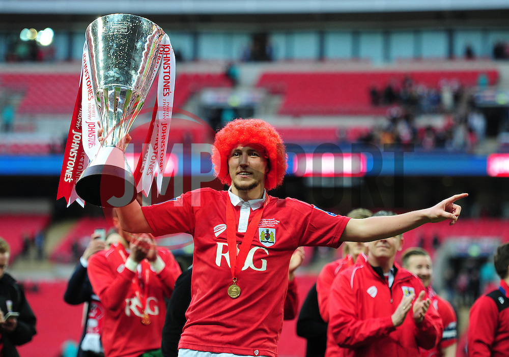 Bristol City's Luke Ayling celebrates with the Johnstone Paint Trophy at full time. - Photo mandatory by-line: Alex James/JMP - Mobile: 07966 386802 - 22/03/2015 - SPORT - Football - London - Wembley Stadium - Bristol City v Walsall - Johnstone Paint Trophy Final