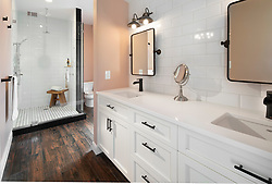 1409_Emerson_House master bath Invoice_3982_1409_Emerson_FourBrothers