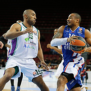 Anadolu Efes's Dontaye Draper (R) and Unicaja Malaga's Jayson Granger (L) during their Turkish Airlines Euroleague Basketball Top 16 Round 2 match Anadolu Efes between Unicaja Malaga at Abdi ipekci arena in Istanbul, Turkey, Friday January 09, 2015. Photo by Aykut AKICI/TURKPIX