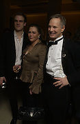 David Harbour, Kathleen Turner and Bill Irwin, The after party following the press night for 'Who's Afraid Of Virginia Woolf?' at the Aldwych theatre on January 31 2006  January 31  2006. © Copyright Photograph by Dafydd Jones 66 Stockwell Park Rd. London SW9 0DA Tel 020 7733 0108 www.dafjones.com
