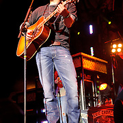 Eric Church, Verizon Wireless Amphitheater 2011