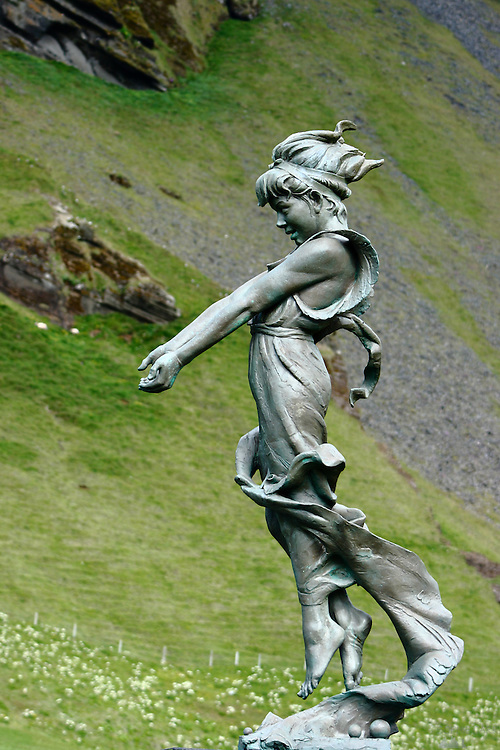 A statue to emigrating Mormons, found on a golf course in Heimaey, Iceland. In 1846 about 200 inhabitants of Heimaey (a good proportion of them) emigrated to Utah to join the Mormon church.