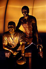 20090919 Robinson Collins Statue
