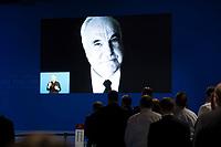 DEU, Deutschland, Germany, Berlin,26.02.2018: Gedenken an den verstorbenen ehemaligen Bundeskanzler Helmut Kohl auf dem Parteitag der CDU in der Station. Die Delegierten stimmten mit großer Mehrheit für die Neuauflage der Großen Koalition (GroKo).
