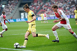 25-04-2010 VOETBAL: AJAX - FEYENOORD: AMSTERDAM<br /> De eerste wedstrijd in de bekerfinale is gewonnen door Ajax met 2-0 / Jon Dahl Tomasson en Jan Vertonghen<br /> ©2009-WWW.FOTOHOOGENDOORN.NL