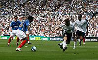 Photo: Steve Bond. <br />Derby County v Portsmouth. Barclays Premiership. 11/08/2007. Benjani Mwaruwari closes on the Derby goal before scoring
