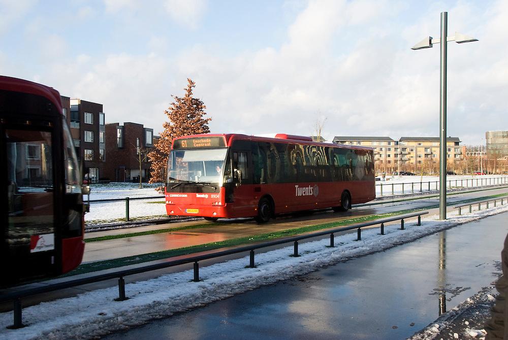 Enschede, 3 febr, 2010.Roombeek de wijk van de vuurwerkramp, wordt nieuw vorm gegeven,met vrije busbaan..(c)Renee Teunis.