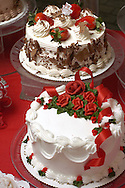 KEVIN BARTRAM/The Daily News.Valentine Day cakes are displayed at The Cake Lady in Friendswood on Tuesday, February 1, 2005.