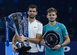 2017?11?19?.    ?????1???——???????ATP???????.       11?19???????????????????.       ???????????ATP????????????????????????????2?1???????????????.       ????????.(SP) BRITAIN-LONDON-TENNIS-ATP FINALS-FINAL-DIMITROV VS GOFFIN.(171119) -- LONDON, Nov. 19, 2017  Grigor Dimitrov (L) of Bulgaria and David Goffin of Belgium pose with their trophies after the singles final at the Nitto ATP World Tour Finals at O2 Arena in London, Britain on Nov. 19, 2017. Dimitrov claimed the title by winning 2-1. (Credit Image: © Han Yan/Xinhua via ZUMA Wire)