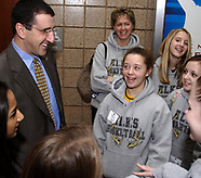 2007 - UD Women's Basketball Coach Jim Jabar Gives Tour to Centerville HS Students
