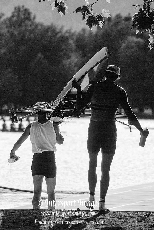 Barcelona Olympics 1992 - Lake Banyoles, SPAIN, A pair carried to the boating dock,    [Mandatory Credit: © Peter Spurrier/Intersport Images],